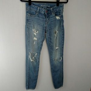 American Eagle Jeggings Distressed Light wash Jean